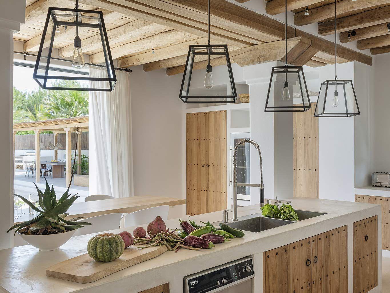 Une maison au naturel à Ibiza  Maison style, Maison et Cuisines