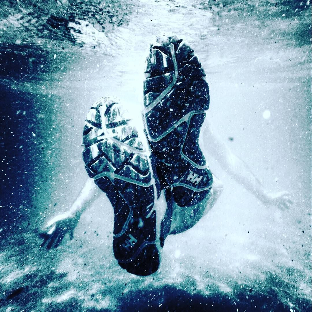 Water shoes in action!  Under water photography looking so cool!  Photo from @ davidgomezbestard Instagram
