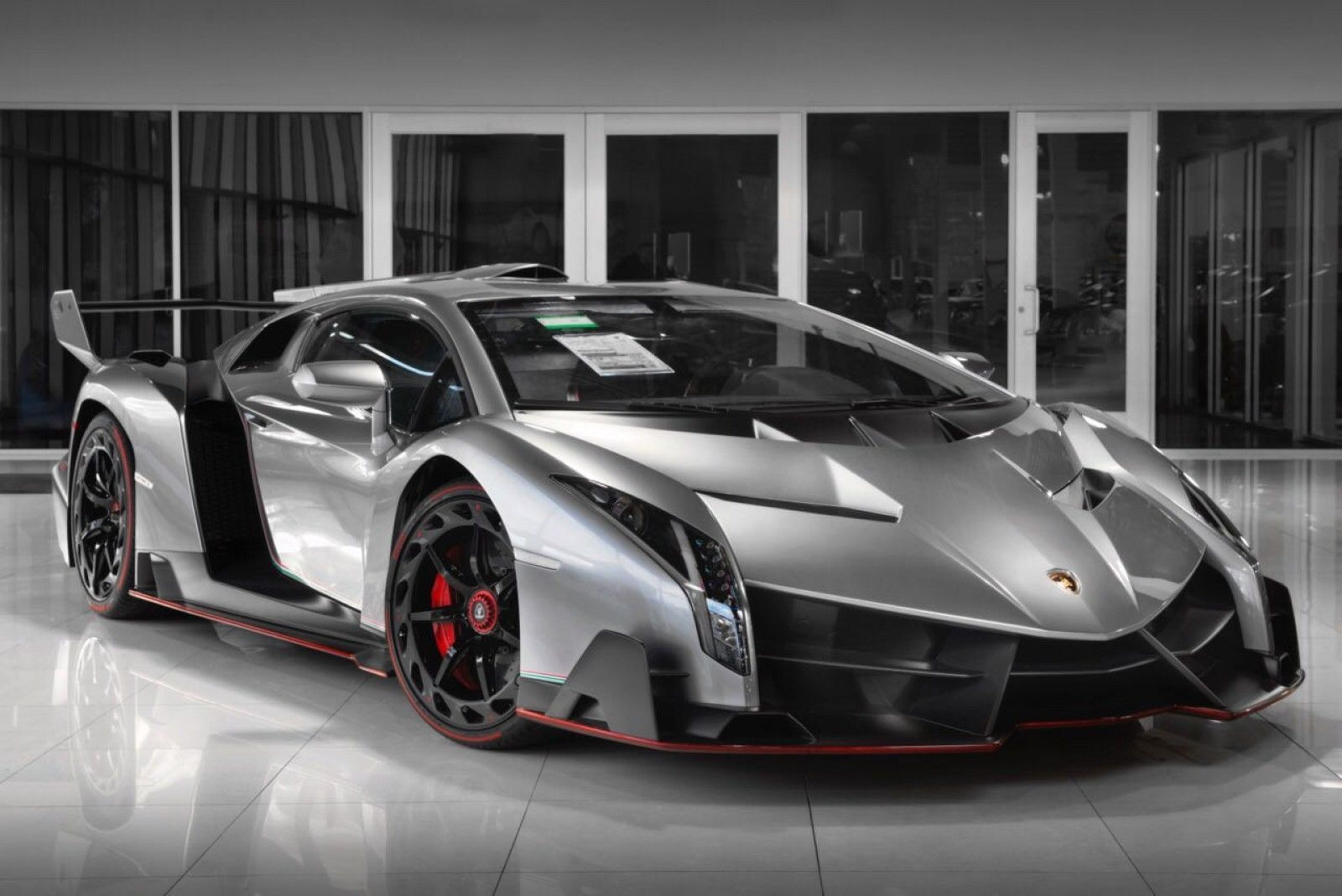 This Lamborghini Veneno Is Selling For A Whopping R136 Million