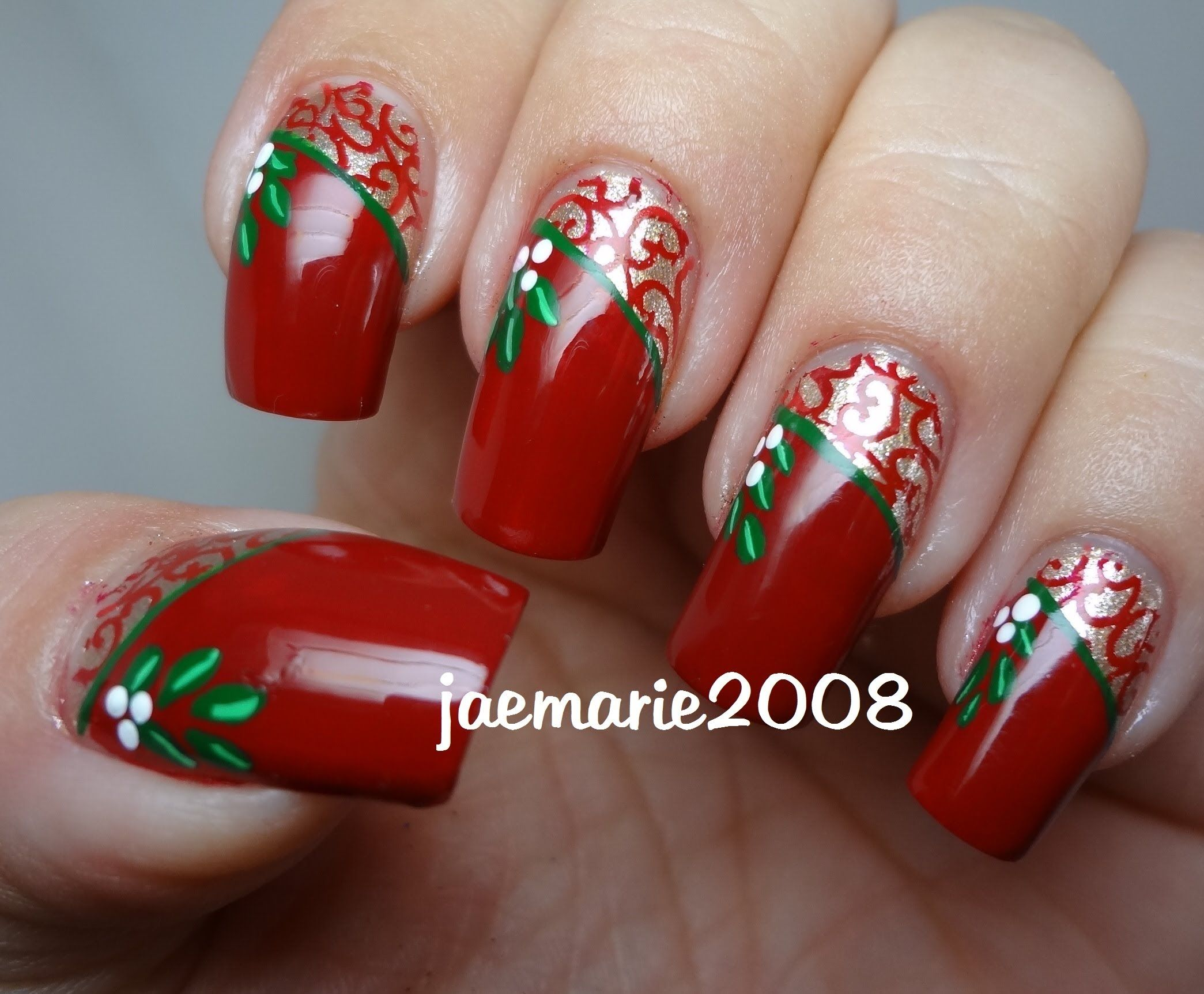 Vintage Mistletoe-Christmas Nail Design   NAILS I Love <3 ...