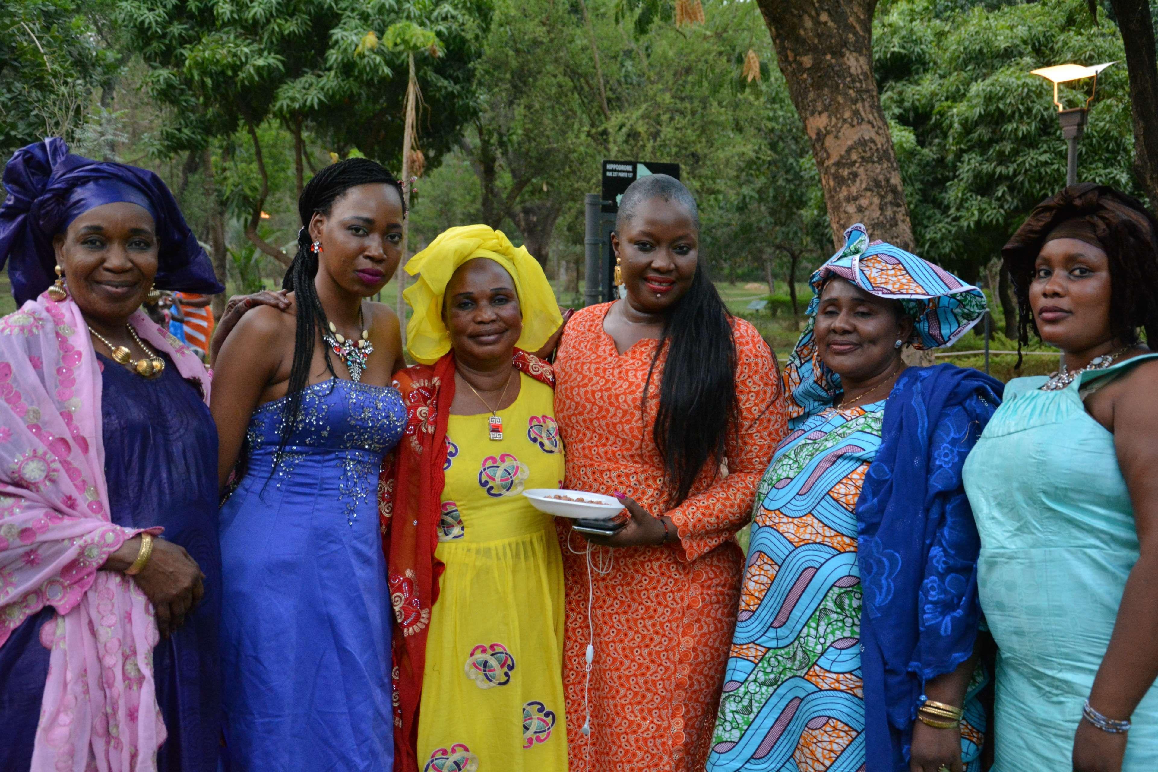 Malian Woman Dating Site)
