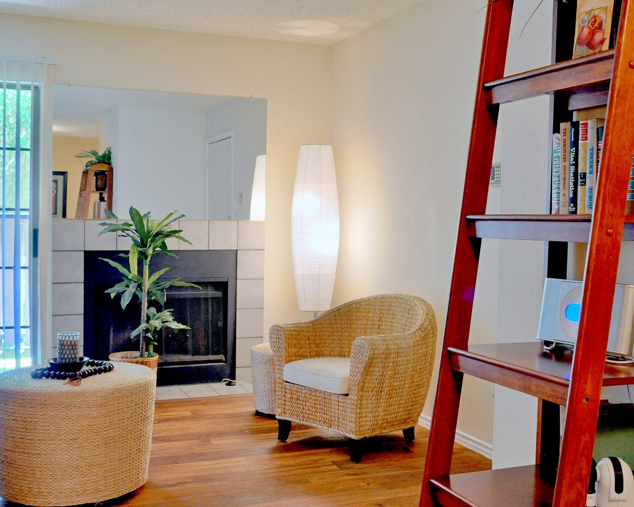 Love this place! 1 and 2 bedroom apartments in Dallas, TX