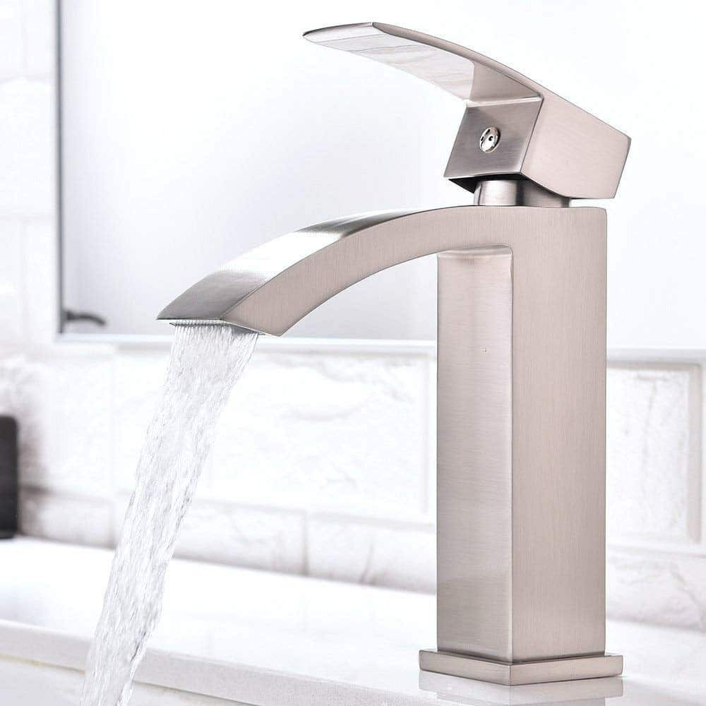 Top 10 Best Bathroom Sink Faucets In 2021 Reviews Hqreview Sink Faucets Single Handle Bathroom Faucet Best Bathroom Faucets