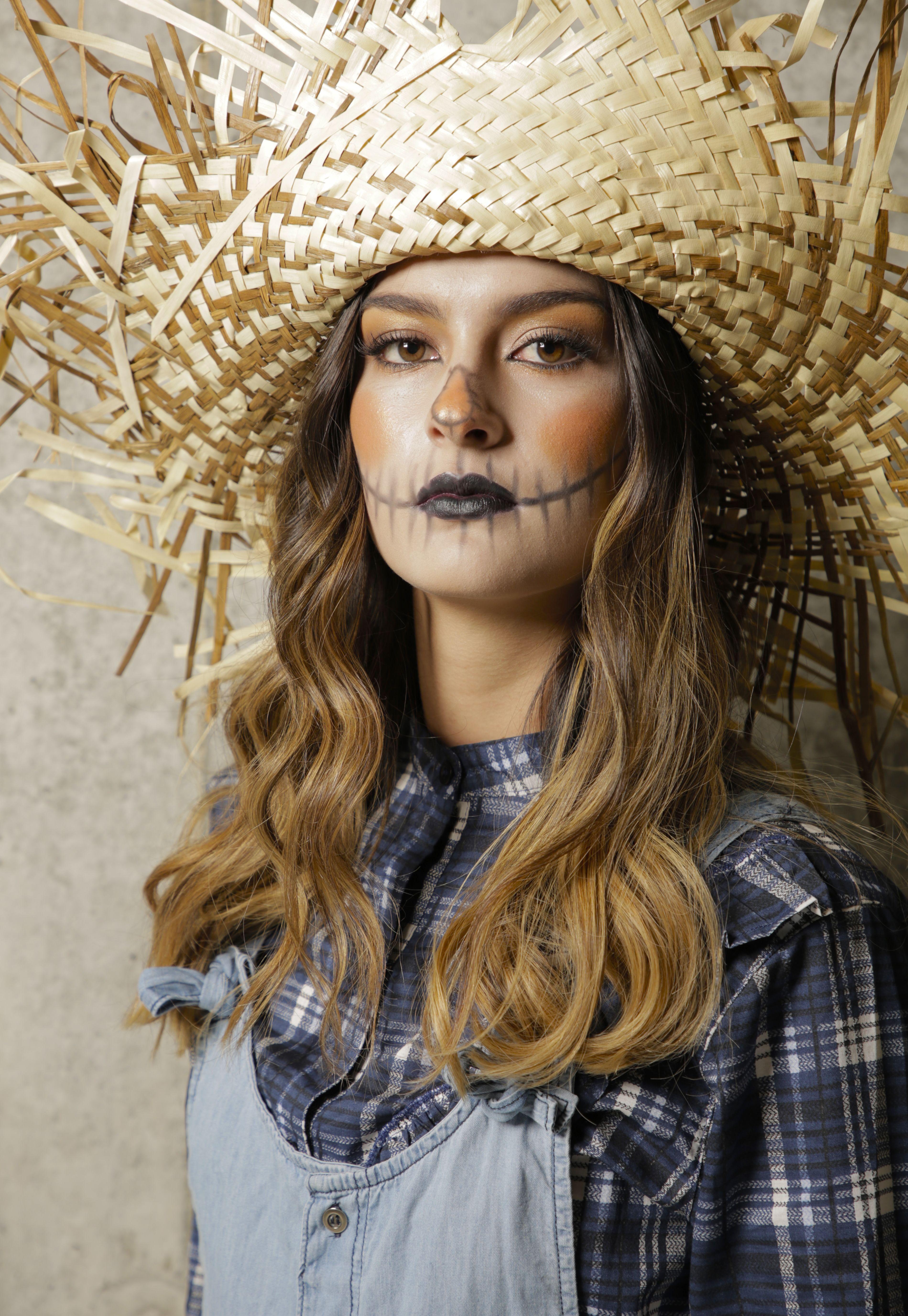 ac400d6647 Un maquillaje fácil y rápido! Encuentra más opciones en  www.pacifika.com