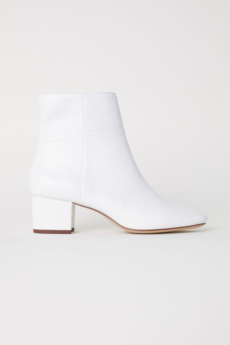 White. Ankle boots with rounded toes