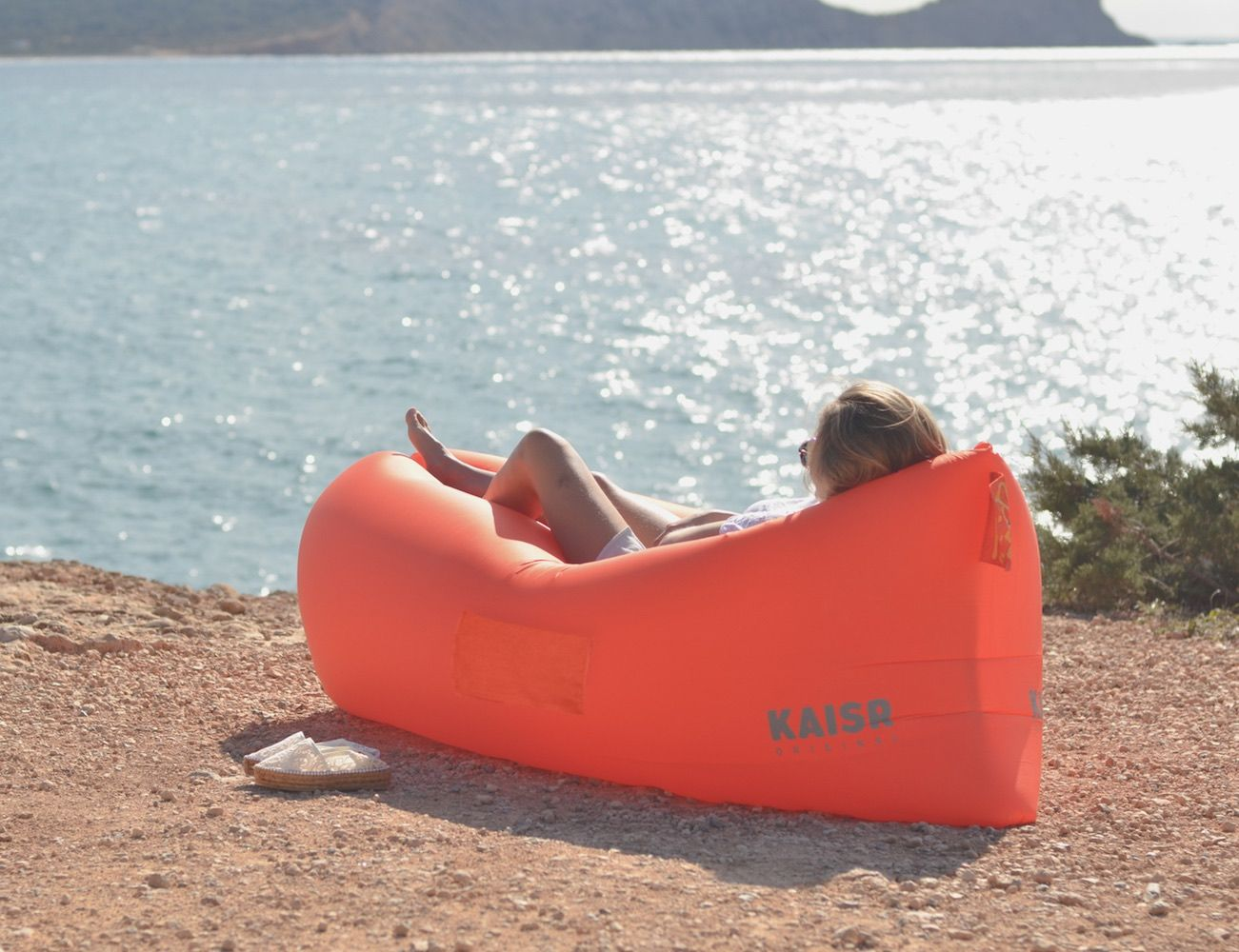 kaisr inflatable air lounge comfy originals and beach