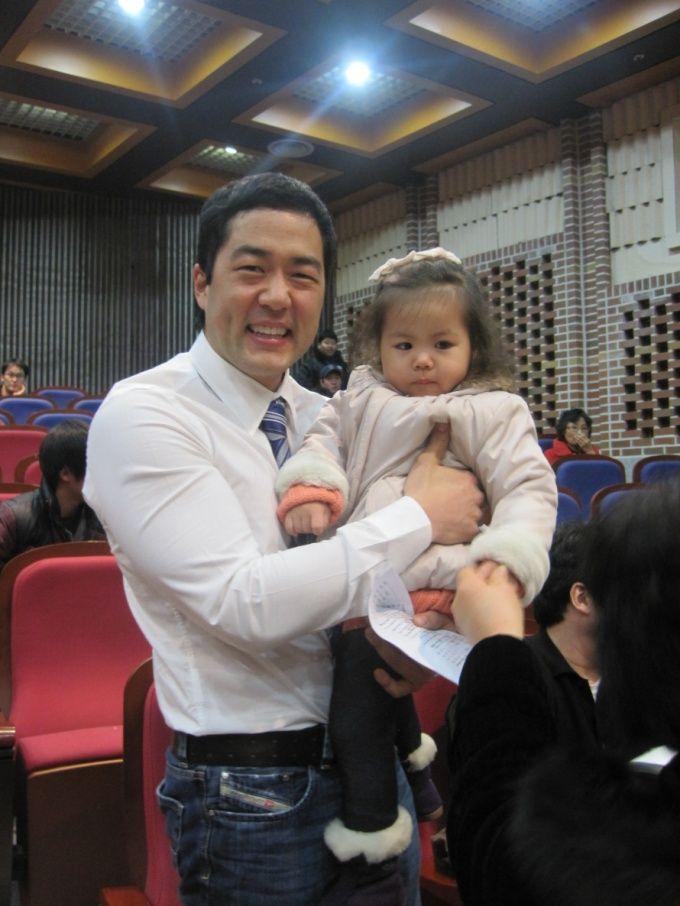 Kang wife tim Miki Yim