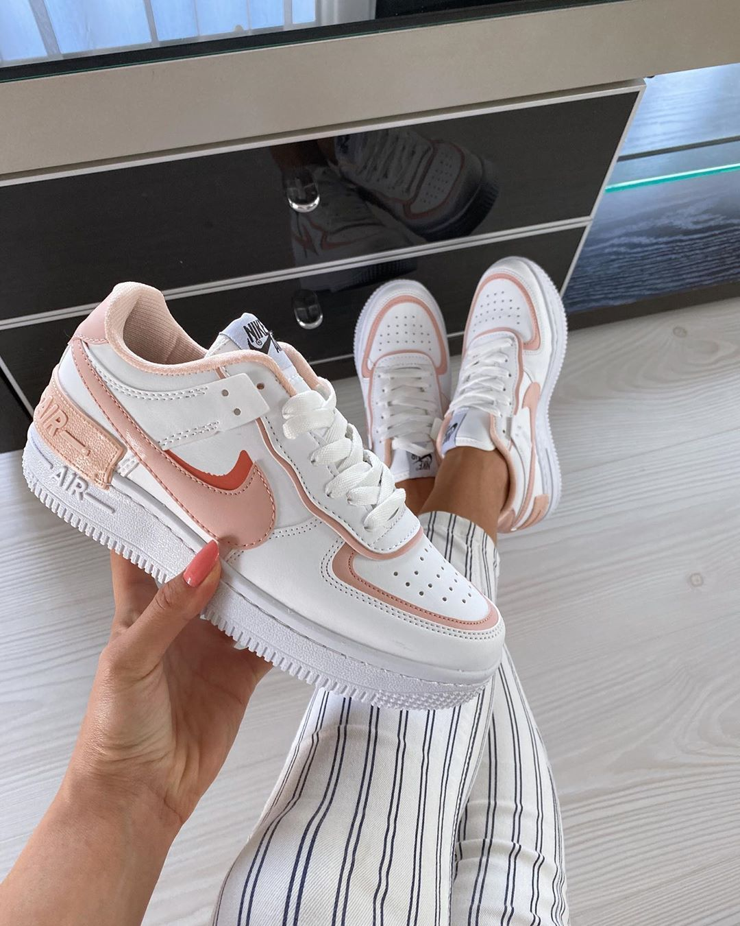 Porosit Patika Online On Instagram New Color Platform Sneakers Nike Air Force Sneaker Shoes