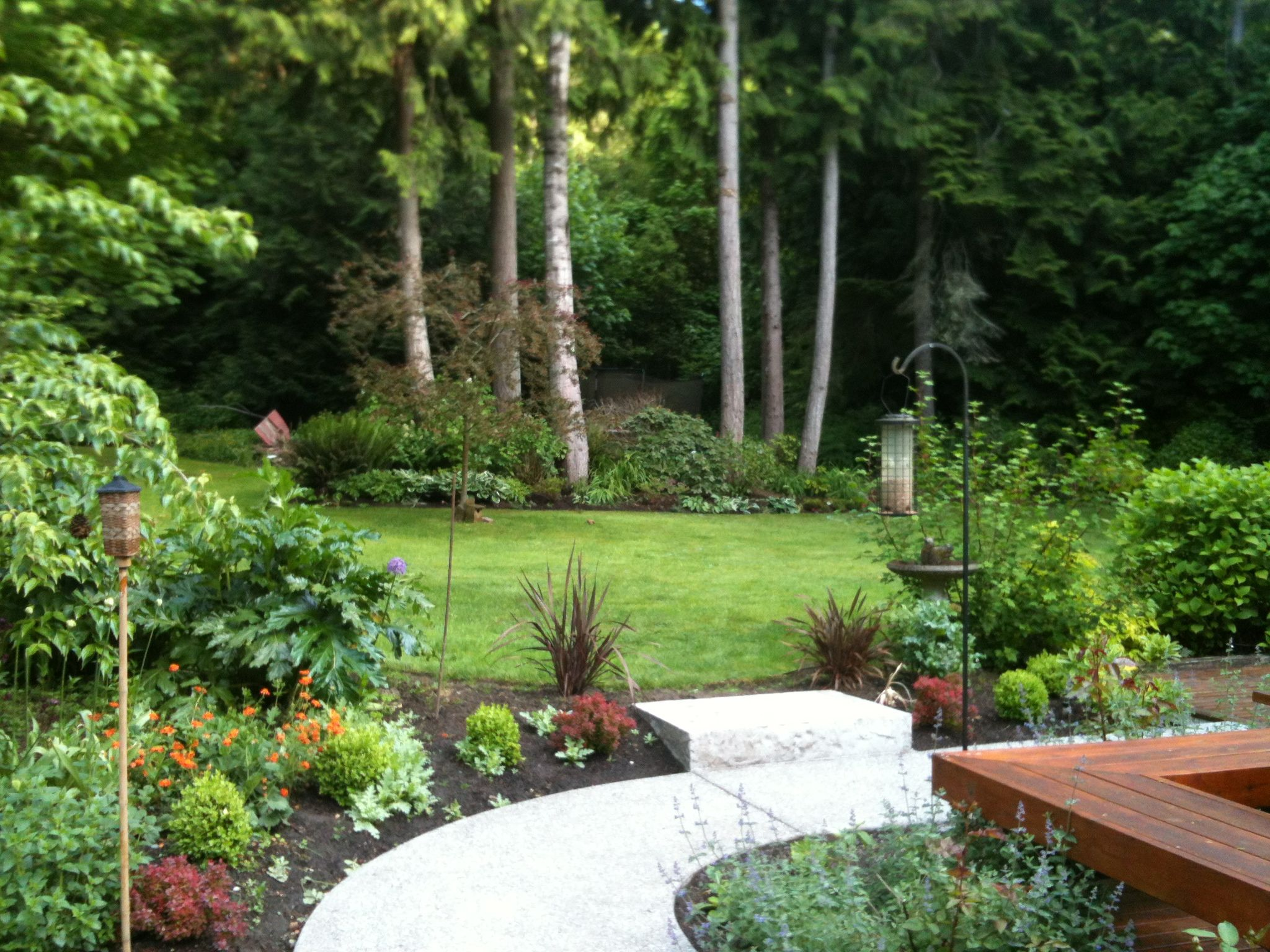 Pin By Hilary Dahl On Landscape Pacific Northwest Garden Northwest Garden Outdoor Landscaping