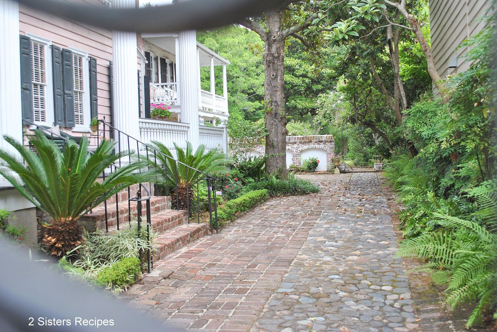 2 Sisters Recipes... by Anna and Liz: Charleston Annual Garden Tour Part II
