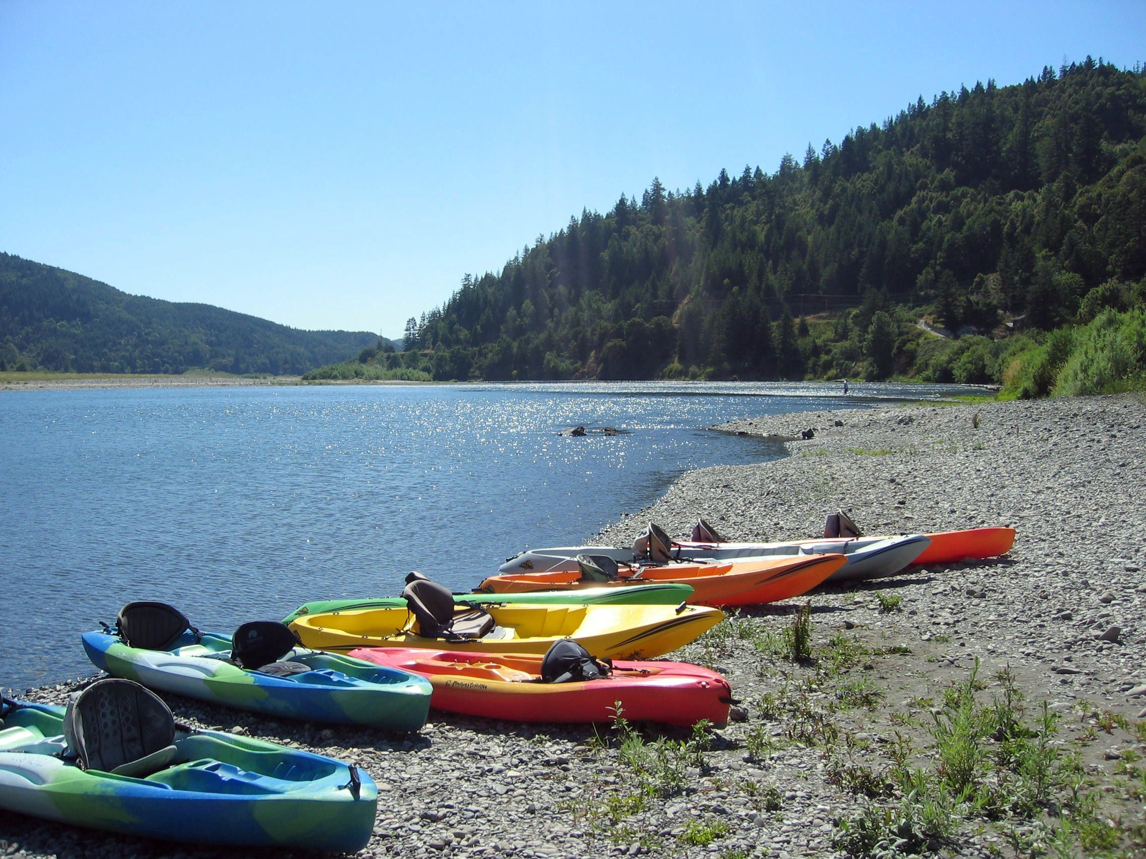 Kayaks along Rogue River, TuTuTun Lodge, Gold Beach ...