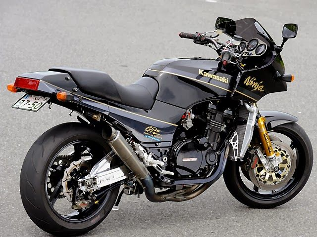 Racing Cafè: Kawasaki GPZ 900 R RCM-226 by Red Eagle Sanctuary