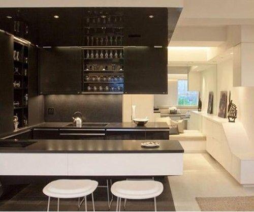 Cocina peque a elegante con barra kitchens cocinas for Cocinas clasicas elegantes