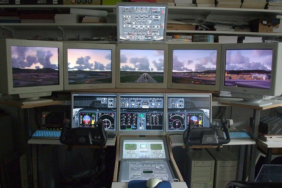 PC's and 11 monitors and optimized for the PMDG B744 and MD-11