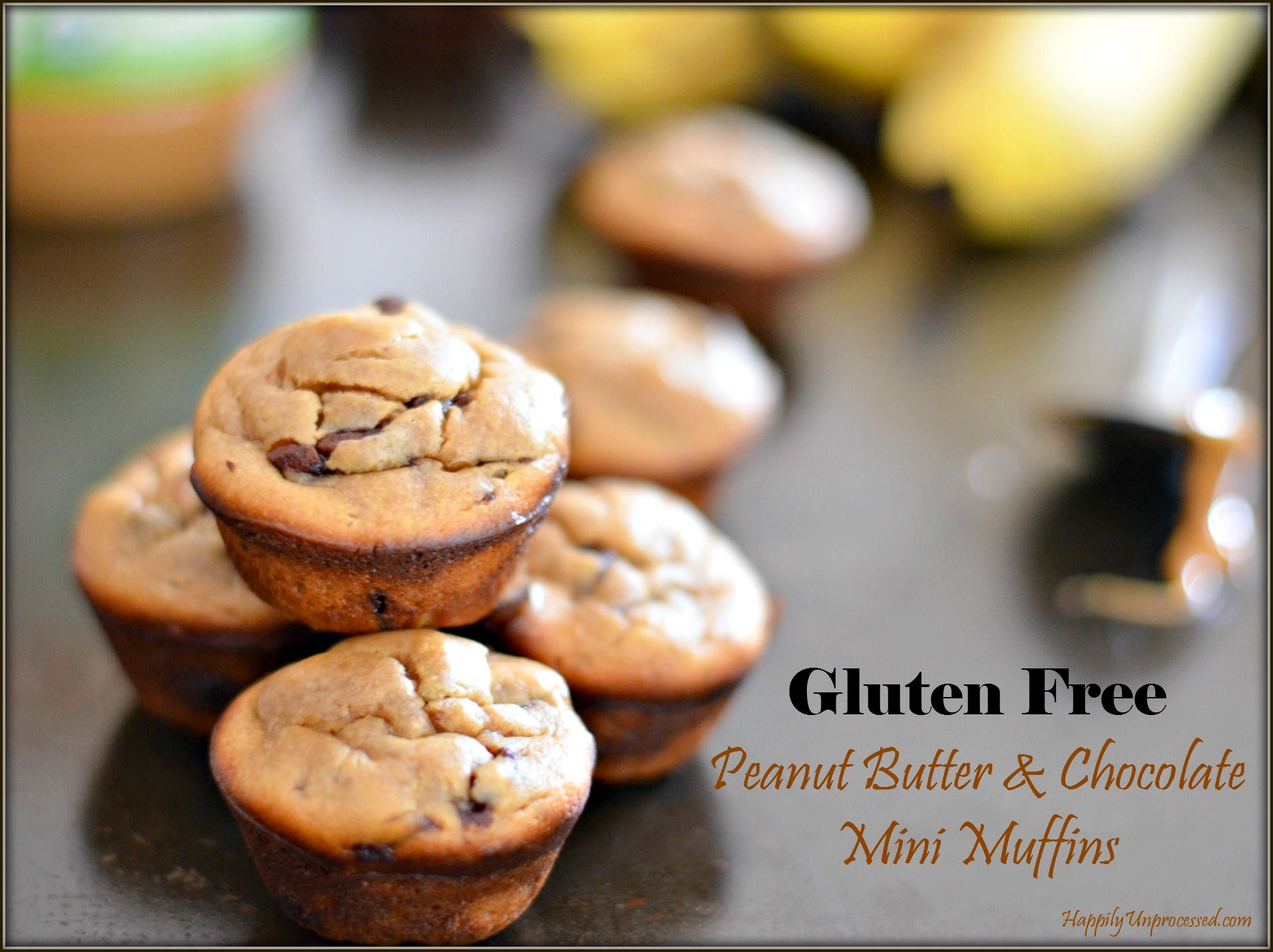 flourless peanut butter & chocolate mini muffins