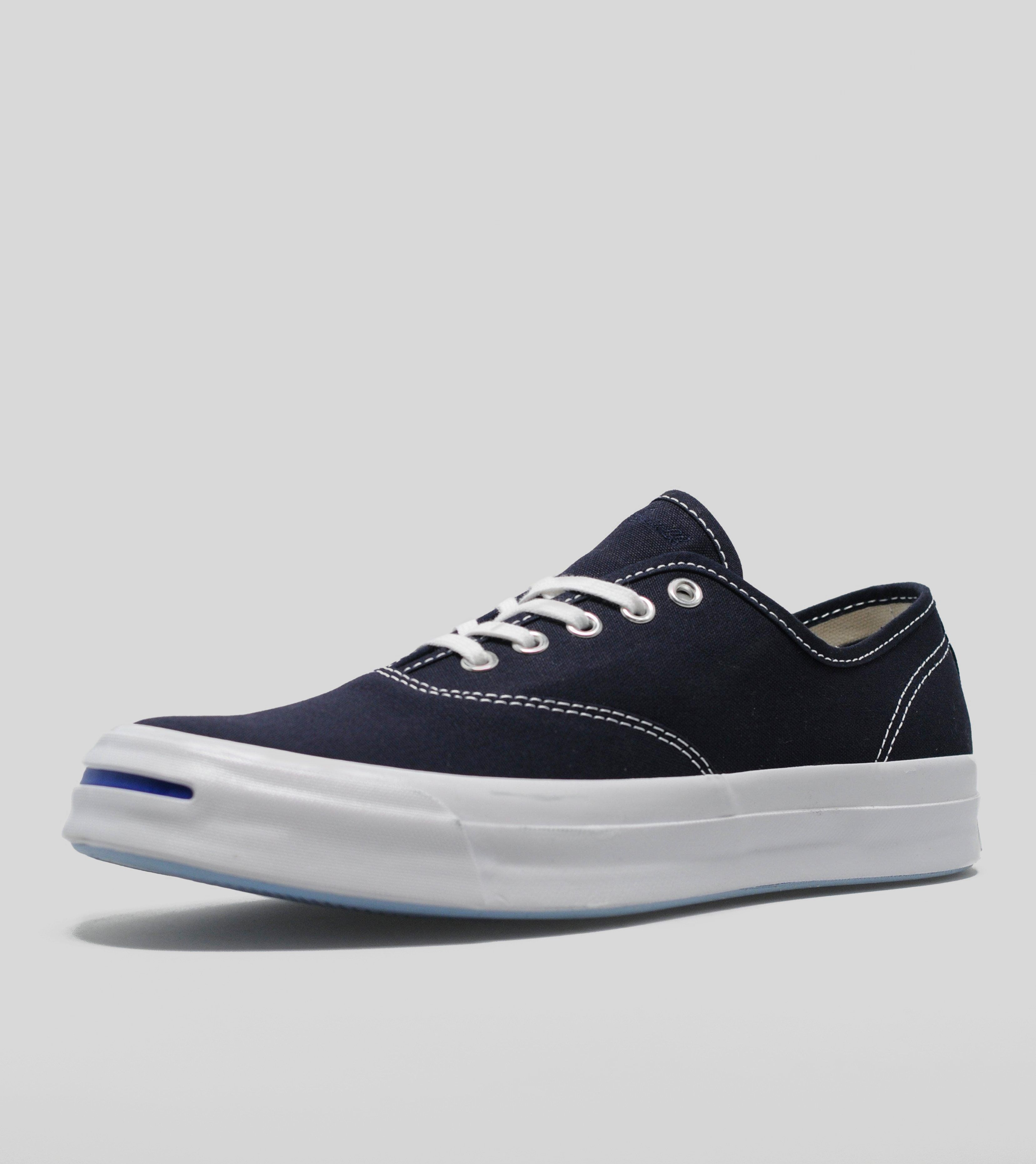 converse clothing online