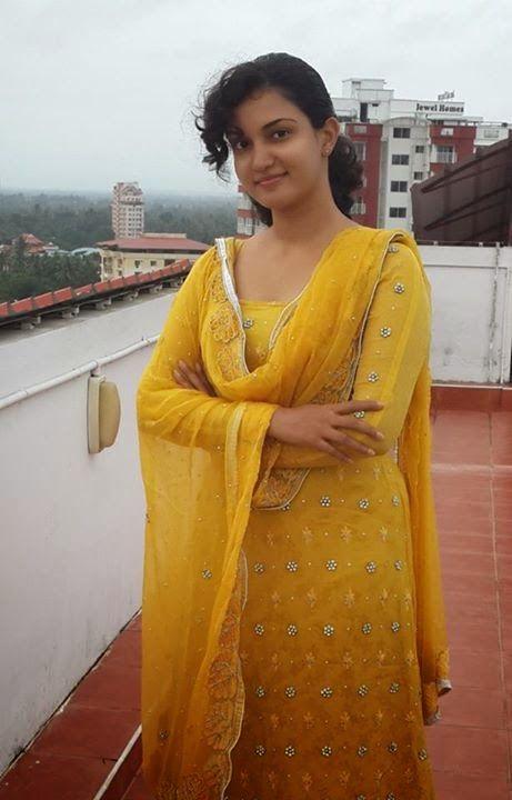 983c44bb85 Honey Rose In Yellow Churidar Sexy Photos Malayalam Actress ~ ACTRESS RARE  PHOTO GALLERY