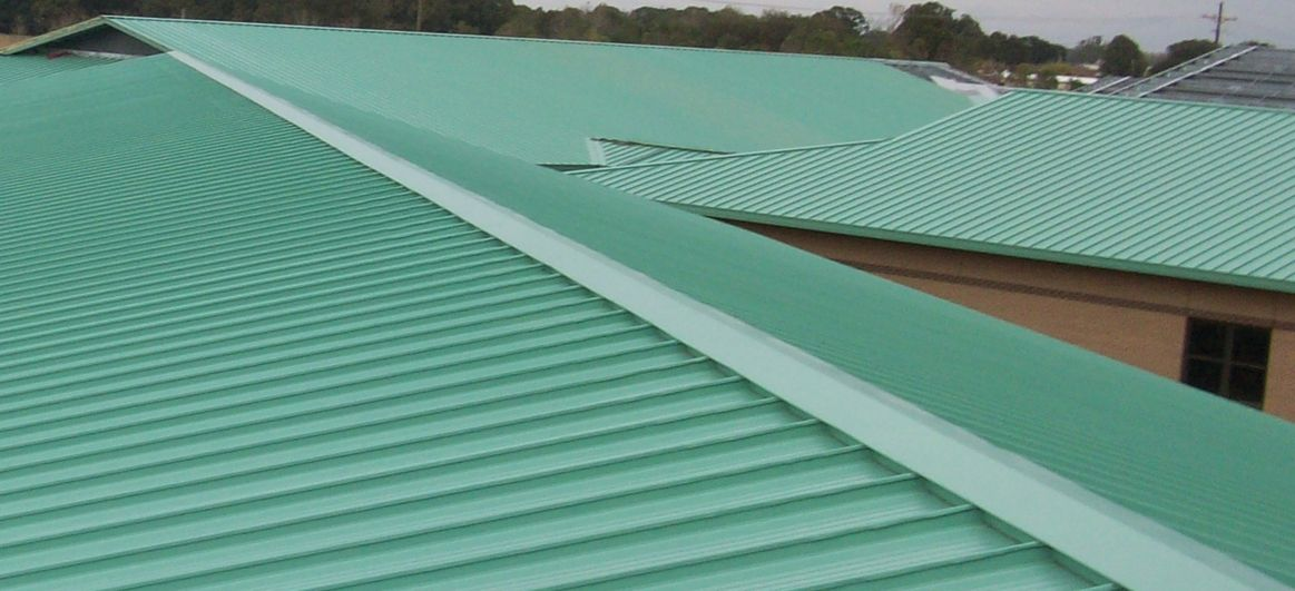 Berridge Zee Lock Standing Seam Metal Roofing System Is A Mechanically Seamed Structural Panel With A 16 E Metal Roofing Systems Standing Seam Metal Shingles