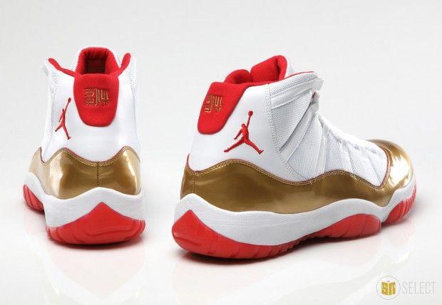 Air Jordan 11 Retro Low White/Aqua Volt Grade School's Shoe