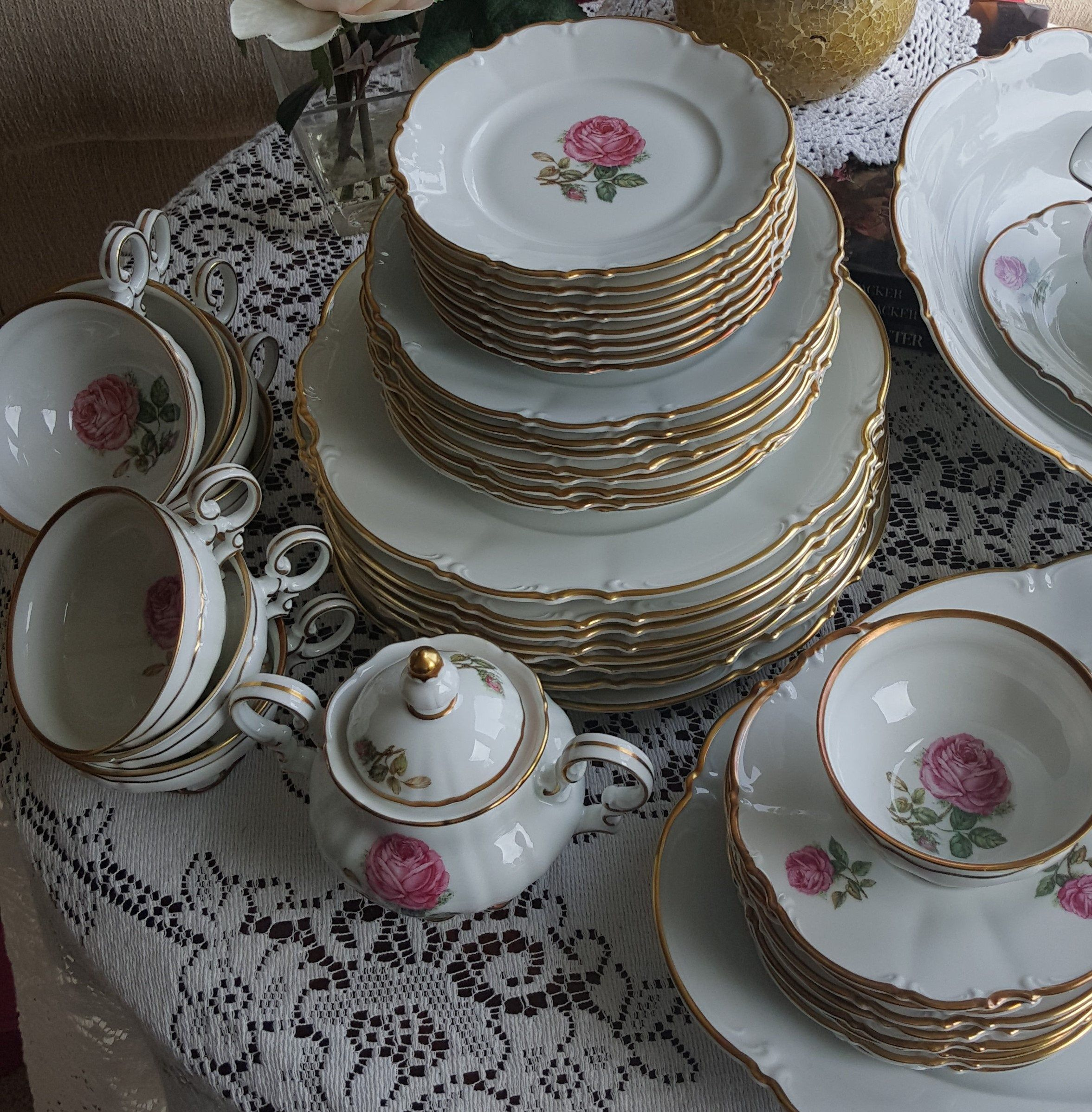 Wedding Gift China: Hutschenreuther Selb Dundee 45 Piece Fine China Set Sylvia