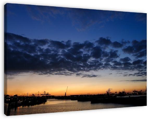 Koop 'Waalhaven in Rotterdam vlak na zonsondergang' van Merijn van der Vliet op canvas, dibond of (ingelijste) poster print.