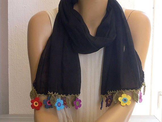 Black cotton scarf with colorful crochet flower trim | Algodón negro ...