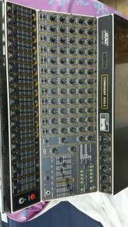 solton commander 4000 s mischpult in bremen bremerhaven musikinstrumente und zubeh r. Black Bedroom Furniture Sets. Home Design Ideas