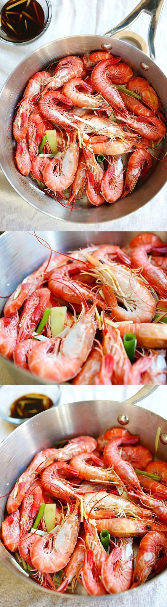 White Boiled Shrimp - Rasa Malaysia #boiledshrimp White boiled shrimp – a classic Hong Kong recipe where shrimp are boiled and served with a soy ginger sauce | rasamalaysia.com #boiledshrimp