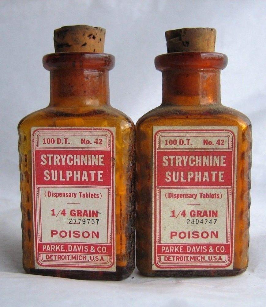 3895 vtg 2x parke davis triangular strychnine sulfate