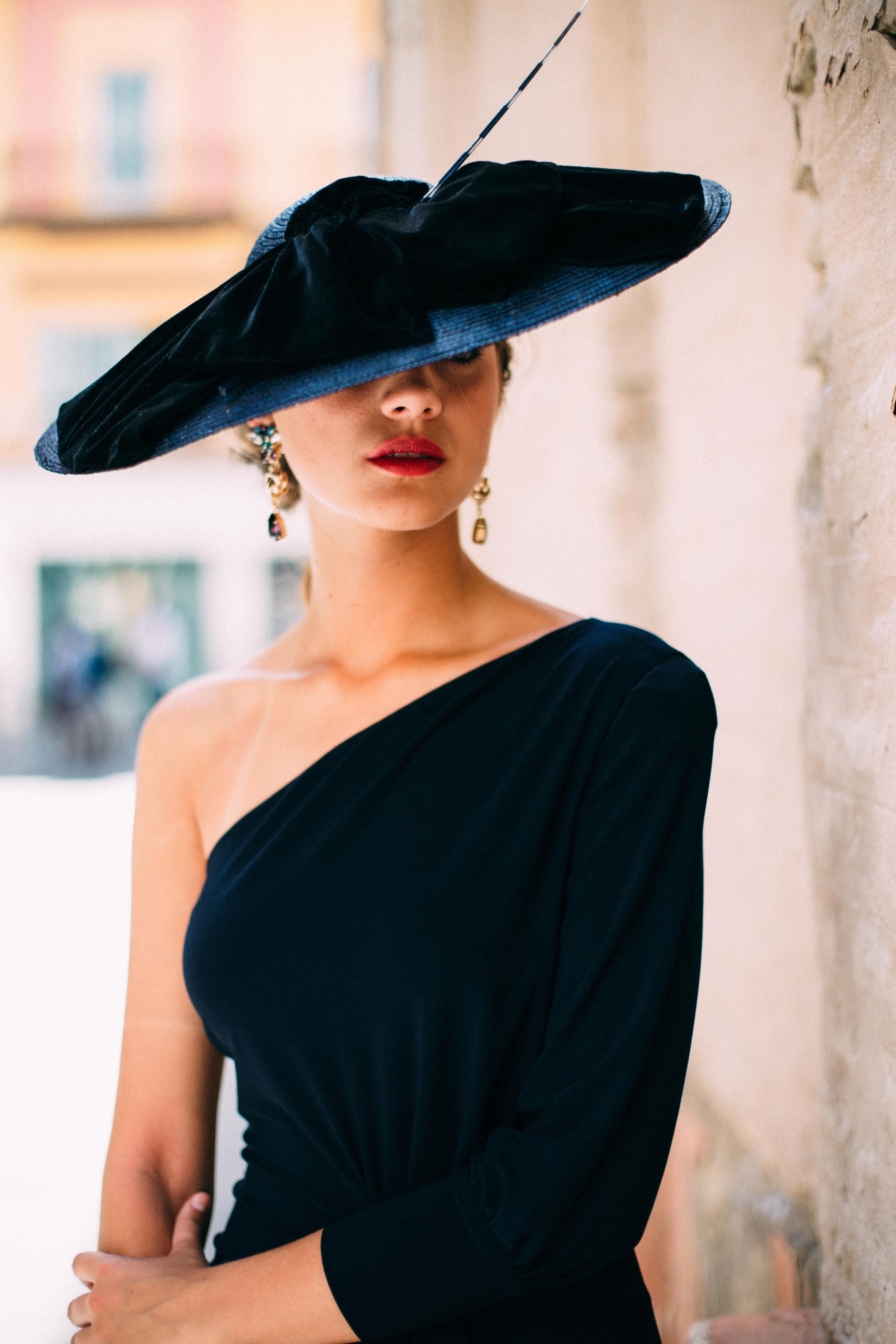 Pin By Rental Mode On Tocados Aw 18 Elegant Hats Fashion Women
