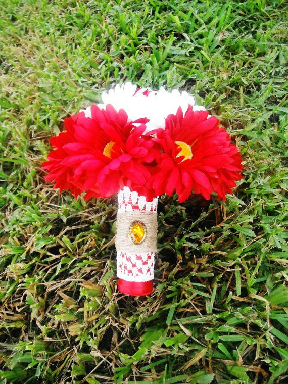 Red and White Daisy Bouquet Country Wedding by AngelicasBridal, $150.00