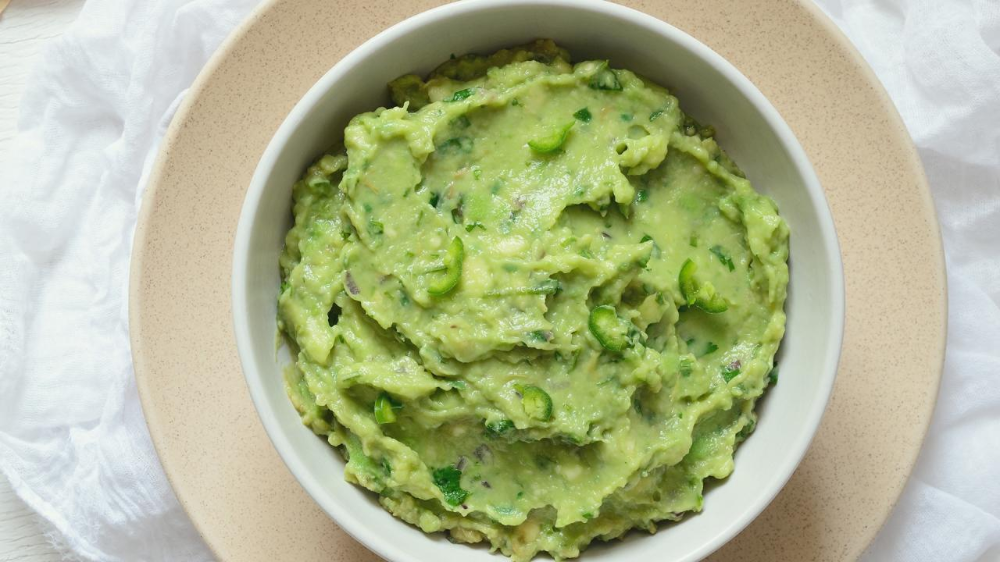 This Creamy Guacamole Sauce Is Delish On Everything Recipe In 2020 Guacamole Guacamole Sauce Guacamole Ingredients