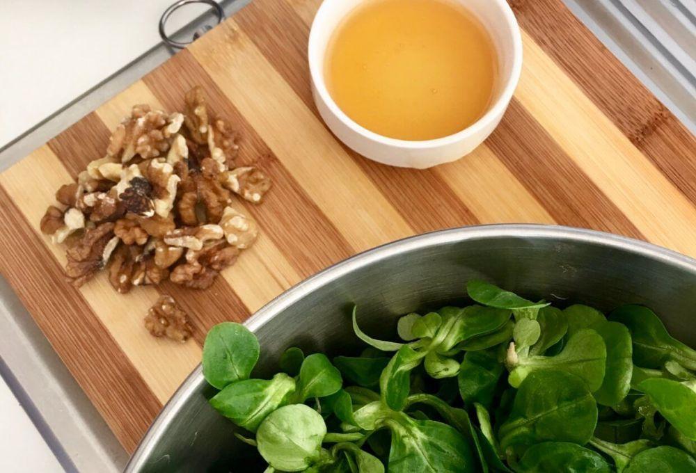 Receta fácil de salmón teriyaki al horno acompañada de ensalada. #salmonteriyaki