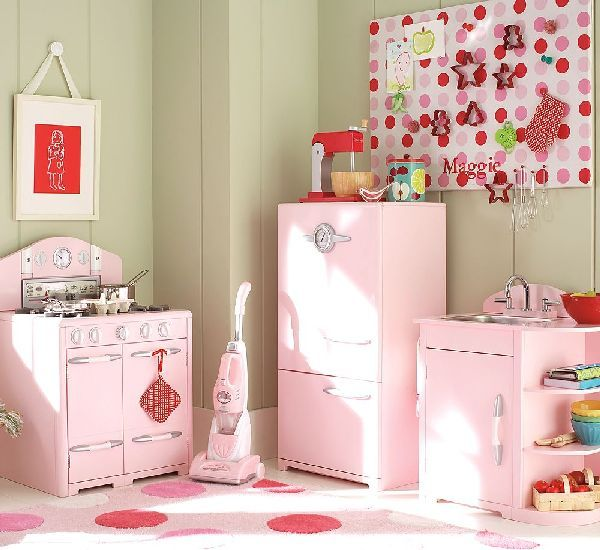Pink Retro Kitchen For Girl Playroom
