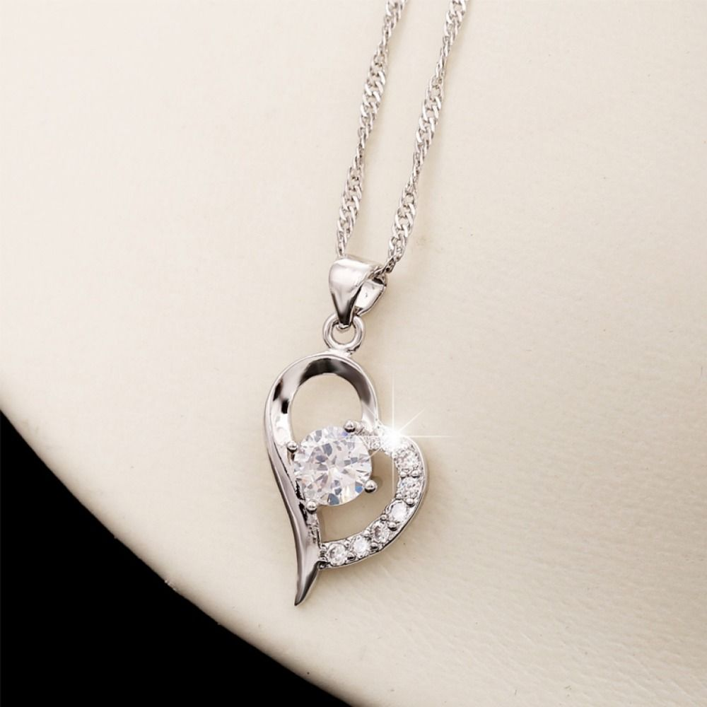 11b71aacd OEM Brand New Design In Stock Overstock JEWELRY ORNAMENT Korean Fashion  Silver Pendant With Diamond Heart EARRING