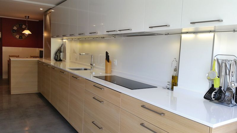 cocina en blanco y roble - Buscar con Google | Cocina Depto ...