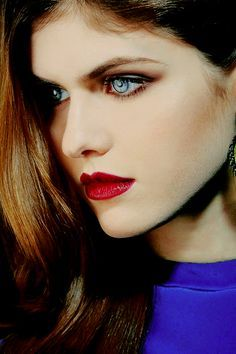 Alexandra Daddario With Sparkle In Her Eye