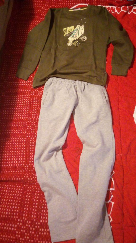 (Αττική) Παιδικά ρούχα   υποδήματα • ΡΟΥΧΑ ΓΙΑ ΚΟΡΙΤΣΙ  Χαρίζω τα παρακάτω  ρούχα cc124bf799d
