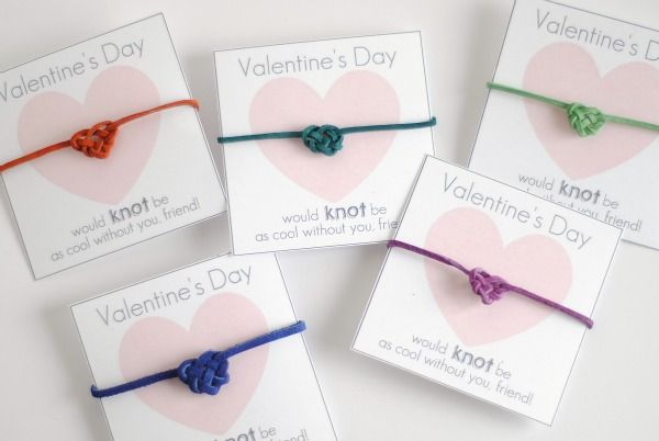 heart knot friendship bracelet valentines (would make great party favors too)