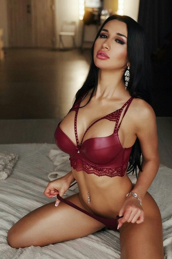 c98792ea2b  sexy  lingerie  fashion  hot  beautiful  girl  love  top  bikini  cute   boob  booty  like  model