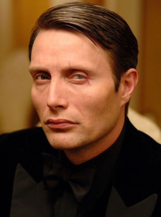Oo7 casino royale cast casino games for birthday parties