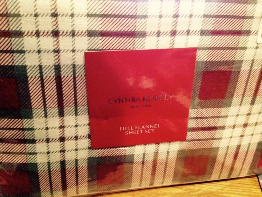 New Cynthia Rowley 4pc Full Flannel Sheet Set Holiday Plaid Cranberry Cynthiarowley With Images Holiday Plaid Plaid Sheets Flannel