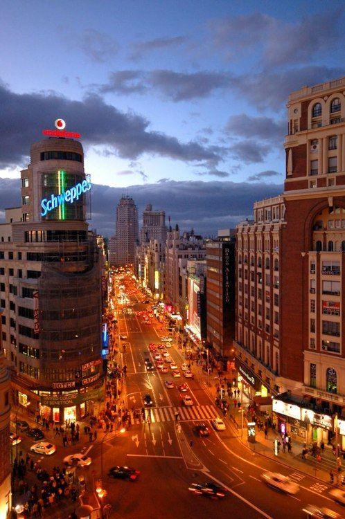Madrid - Gran Via, España