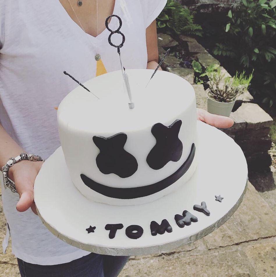 Marshmello Fortnite Cake Marshmellow Cake 10 Birthday Cake Birthday Party Crafts The costume mancake belongs to chapter 2 season 5. marshmello fortnite cake marshmellow
