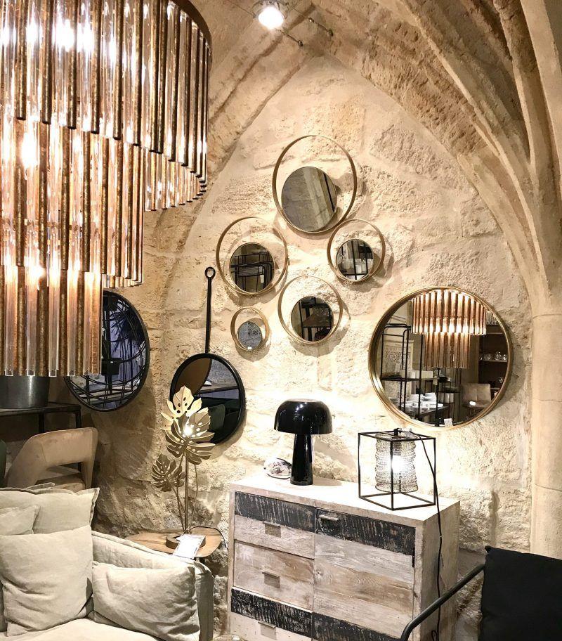 Quoi Faire A Uzes Suivez Le Guide Pour Une Visite Guidee En 2020 Boutique De Decoration Jardin Medieval Appartement Meuble