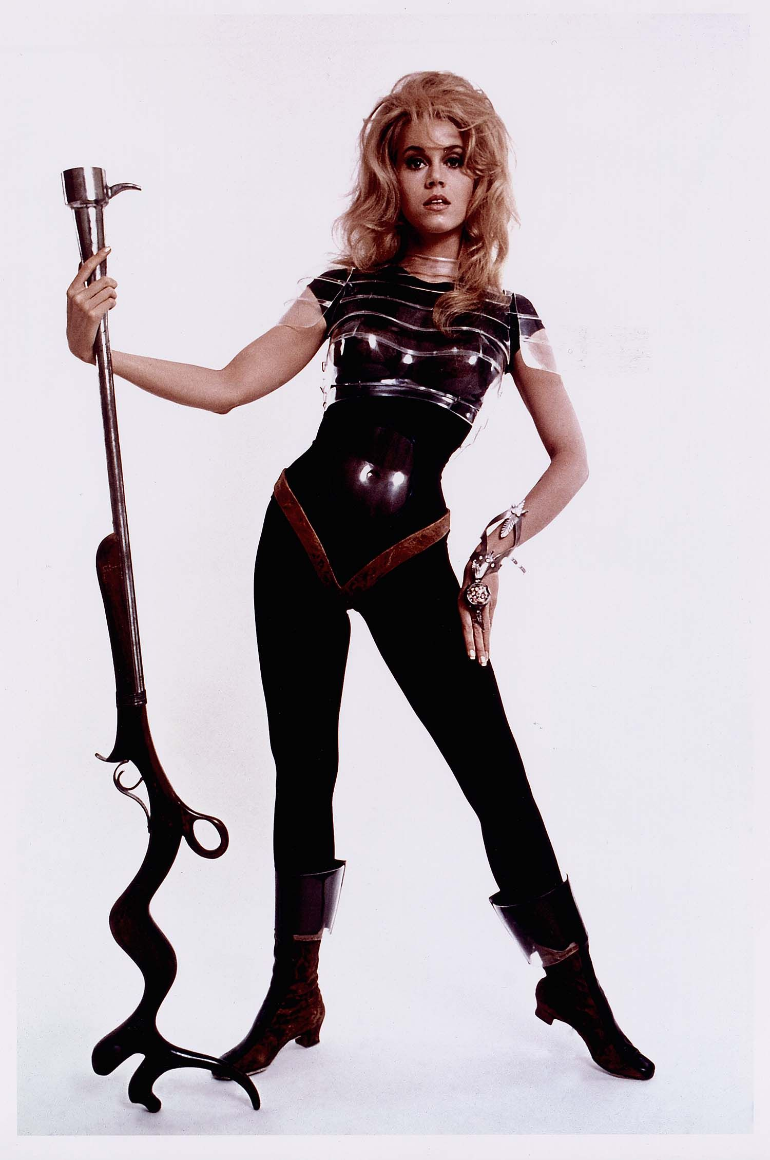 Jane Fonda In Barbarella By Roger Vadim Costumes By Paco Rabanne ジェーン フォンダ バーバレラ ワンダーウーマン