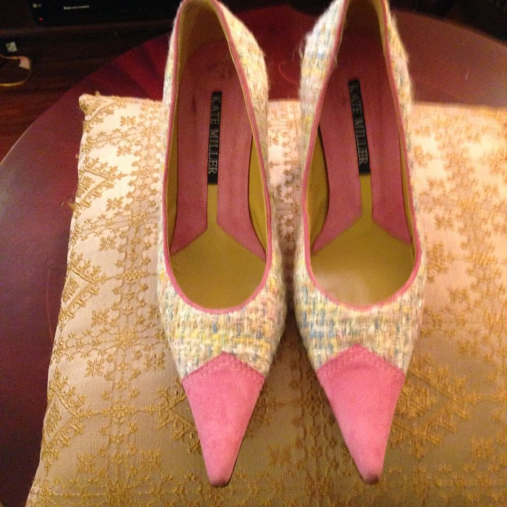 Kate Miller Multi-color Suede/Fabric Pointy Pumps - Size 38 #KateMiller #PumpsClassics