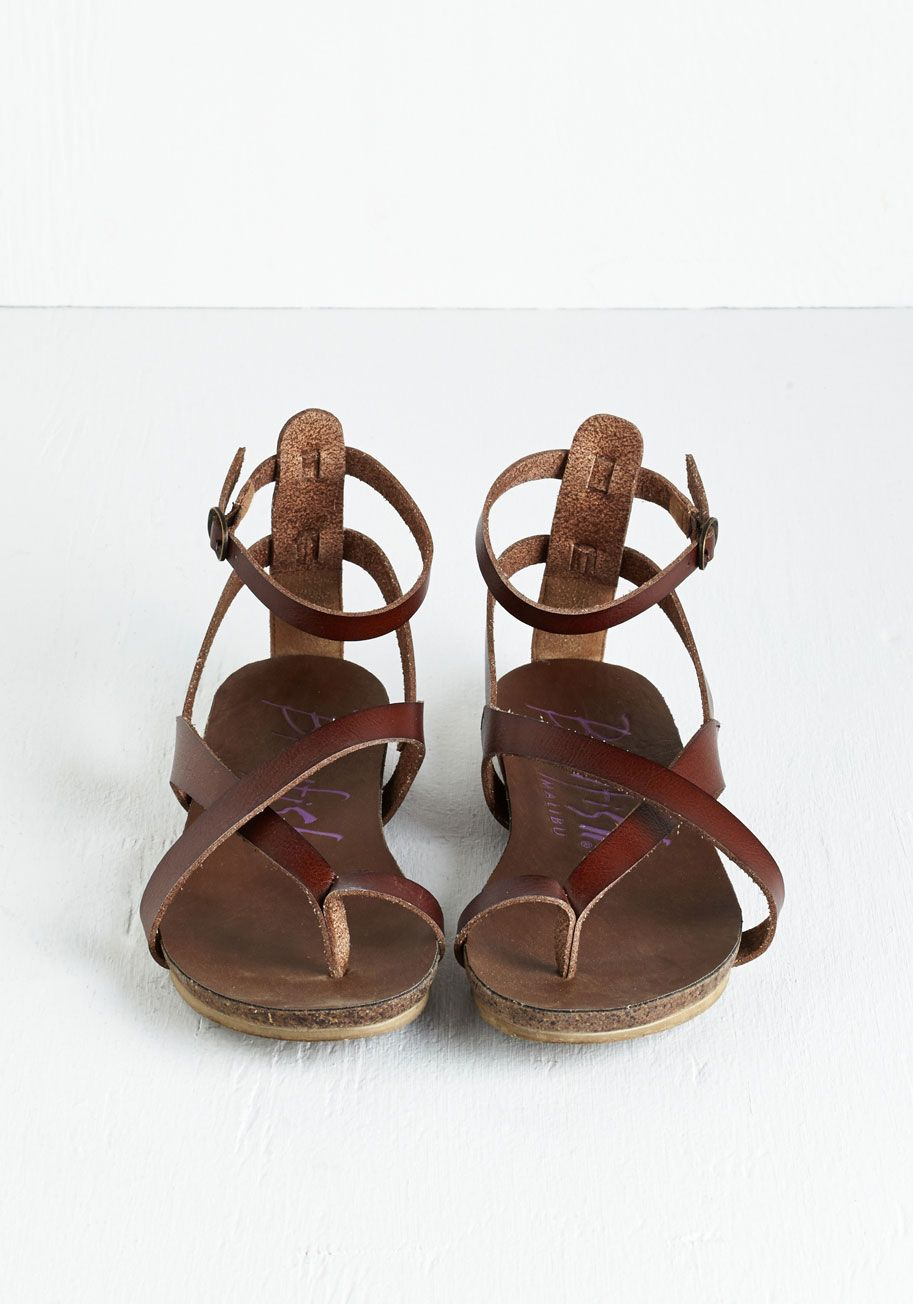 Soak Up Some Sun Sandal in Brown. Hit the boardwalk and catch some rays in these neutral sandals from Blowfish, and shine a light on your carefree style! #brown #modcloth