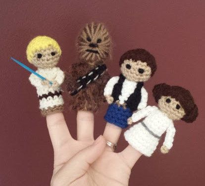 Star Wars Crochet Finger Puppet Patterns by TinyButMightyHearts | I ...