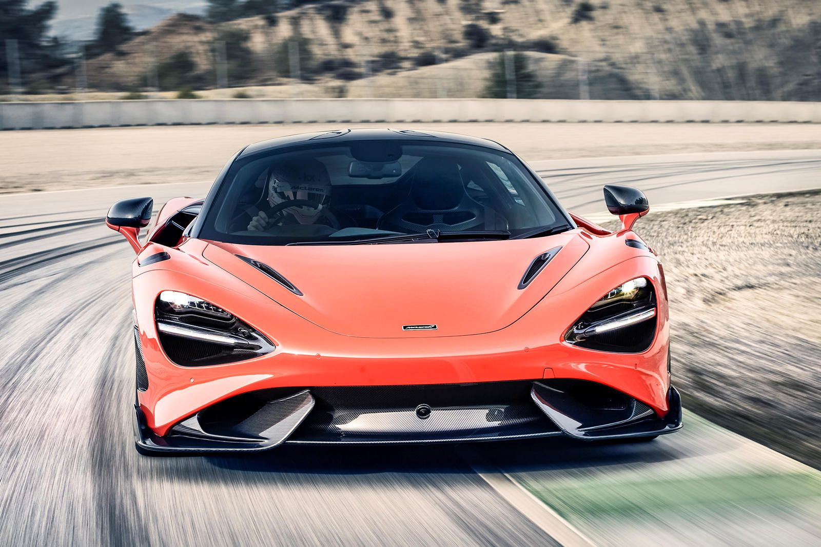 Meet The All New 2021 Mclaren 765lt Lighter Faster And More Extreme Carbuzz In 2020 Mclaren Super Cars Racing Seats